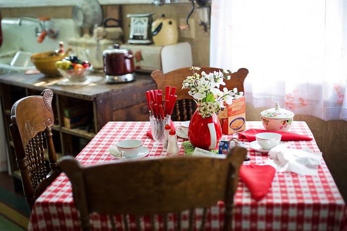 Dizajn kuchyne dotvoríte nábytkom aj obrusom