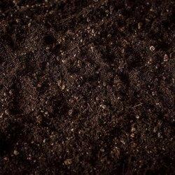Obrábanie pôdy na poli